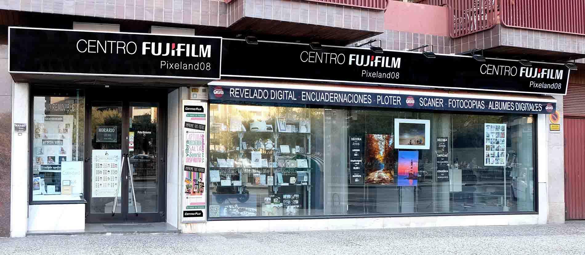 fachada tienda pixeland